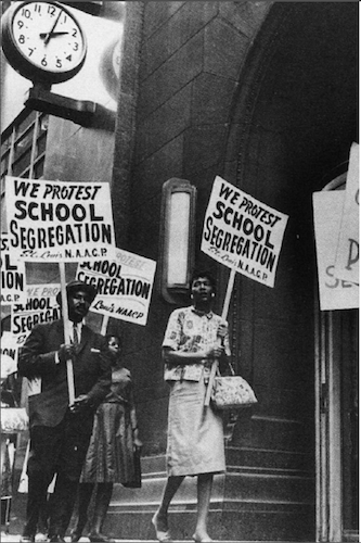 Protest March Against the Segregation of U.S. Schools. 13 September 2004. Courtesy of Wikimedia Commons.